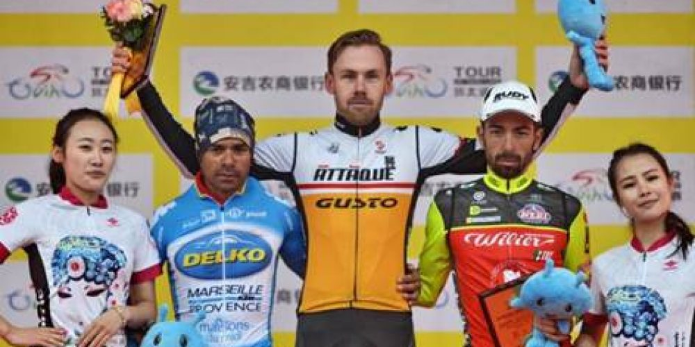 TOUR OF TAIHU LAKE: GIUSEPPE FONZI ON THE PODIUM OF THE QUEEN STAGE
