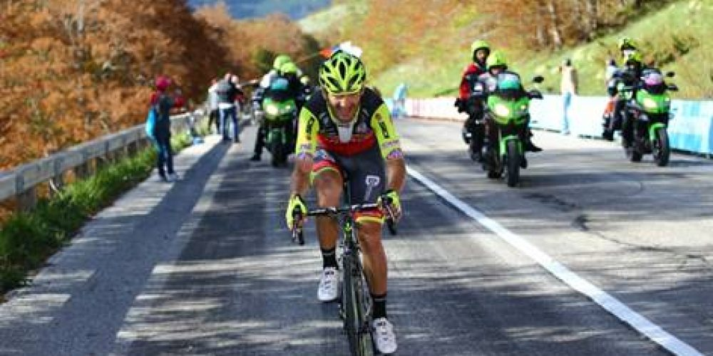 GIRO D'ITALIA: EUGERT ZHUPA BRAVE IN THE BREAKAWAY OF THE 6TH STAGE
