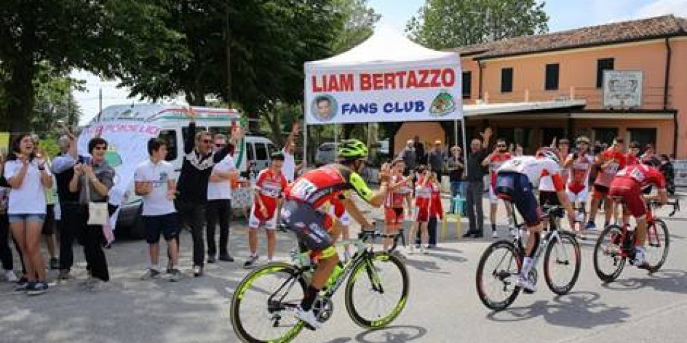 GIRO D'ITALIA: LIAM BERTAZZO FA 140 KM DI FUGA NELLA TAPPA DI CASA